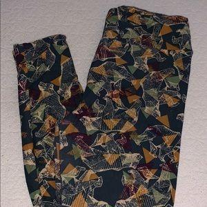 Bear forest Lularoe leggings
